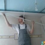 Демонтаж потолков из пластиковых панелей