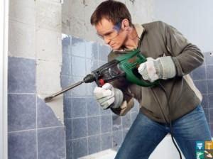 снятие керамической плитки со стен