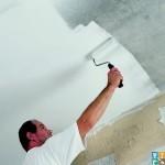 покраска потолка за слой