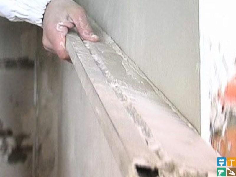 Как выровнять стены шпаклевкой своими руками фото
